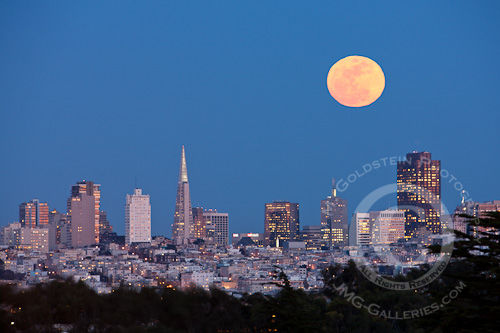 Moonrise over San Francisco's Downtown Skyline